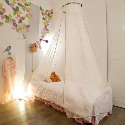 rideaux ciel de lit paillettes or mouche pickture. Black Bedroom Furniture Sets. Home Design Ideas