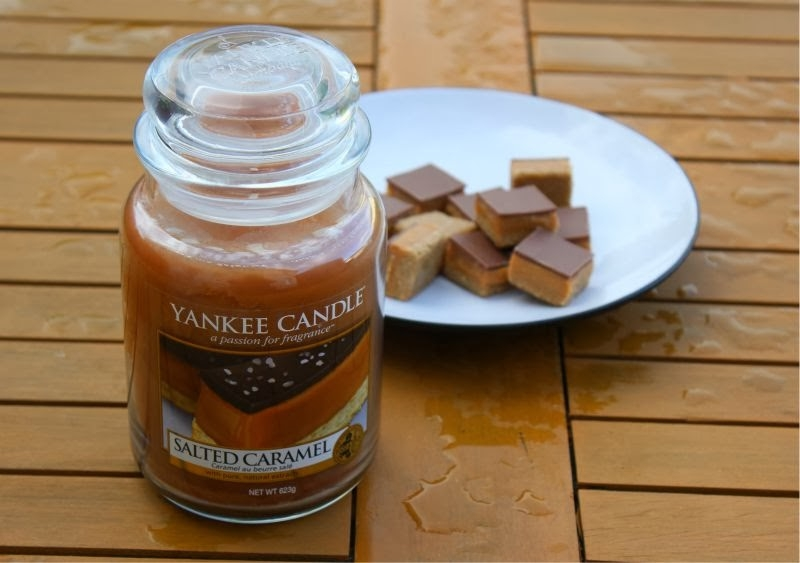 yankee candle bougie salted caramel jarre yankee candle pickture