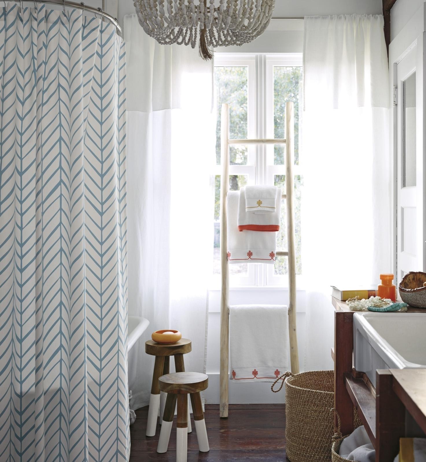 Rideau douche original design maison design for Rideau de douche original